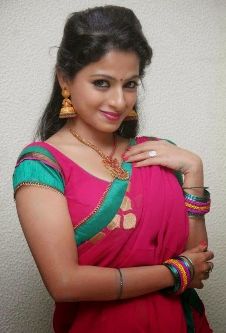 south Indian actress in designer saree