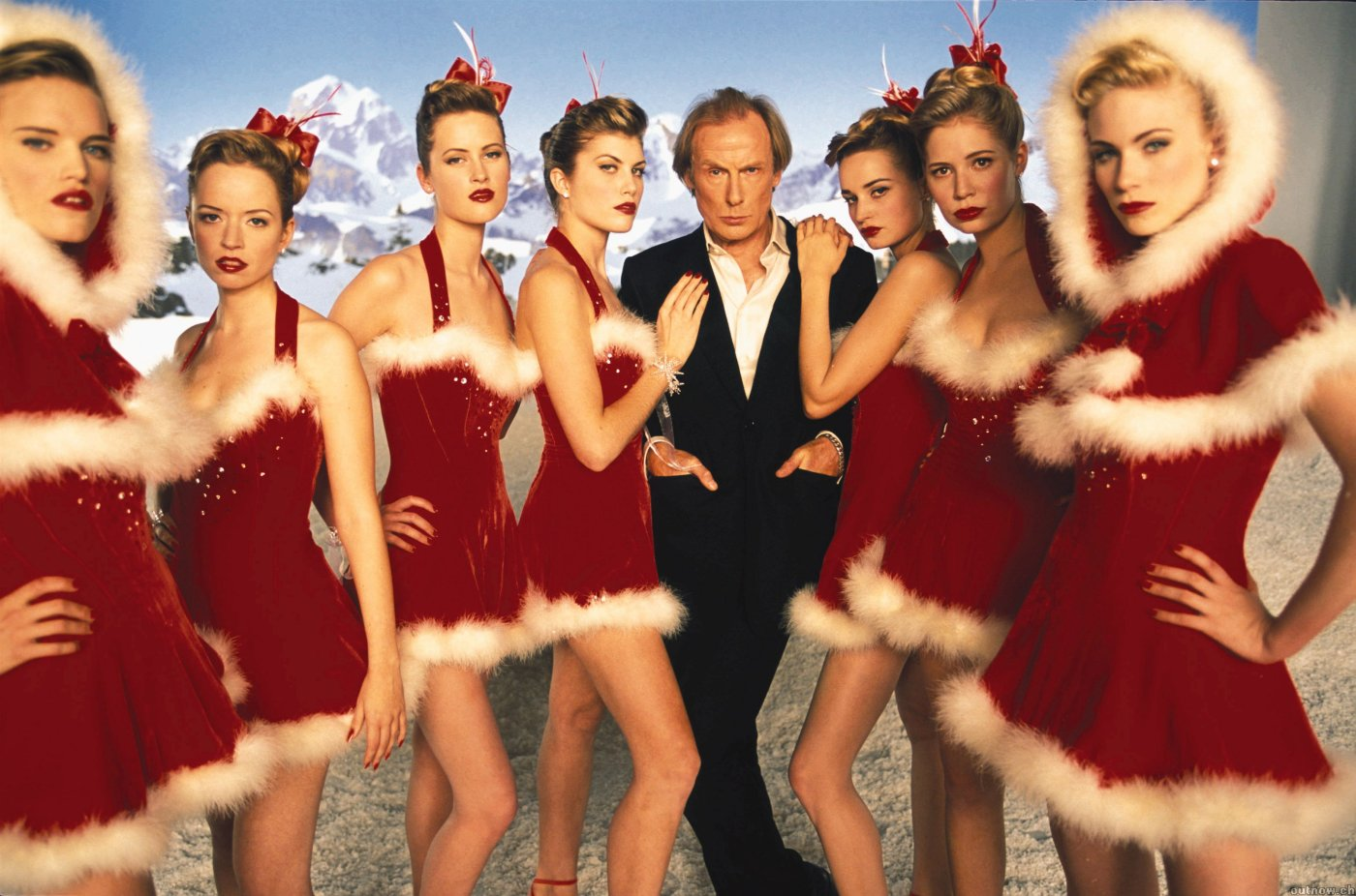 http://2.bp.blogspot.com/-rfVlpUZW3Ks/TdCRnZvQdiI/AAAAAAAAHow/pbLeeC4t7QY/s1600/love_actually_movie_image_bill_nighy_01.jpg