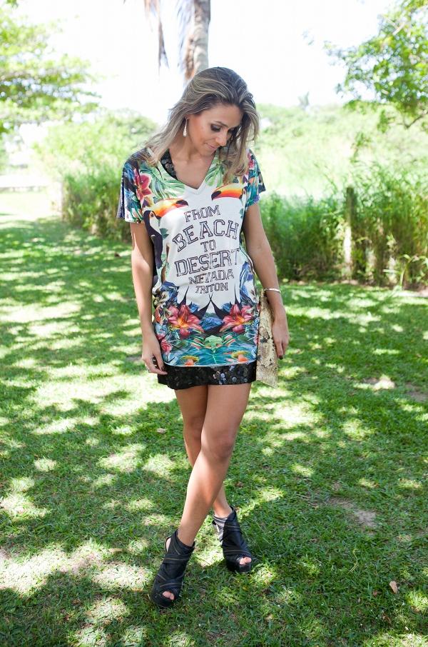 vestido-com-estampa-tropical-e-vestido-de-paete