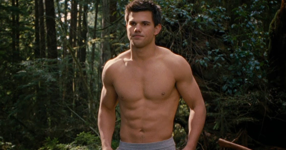 Miong21 @ Blogspot: Jacob Gets Naked in Breaking Dawn Part 2