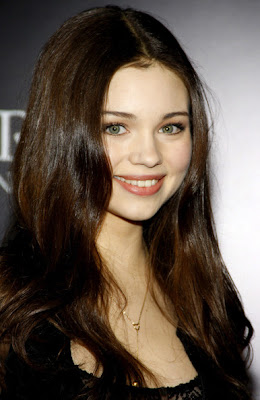 India Eisley Long Center Part Hairstyle Lookbook