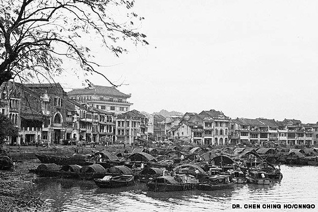 http://travel.cnn.com/singapore/life/then-and-now-266369