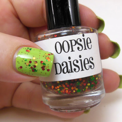 Oopsie Daises Apple Picking swatch