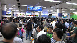 A little crowded at the border between Hong Kong and China.