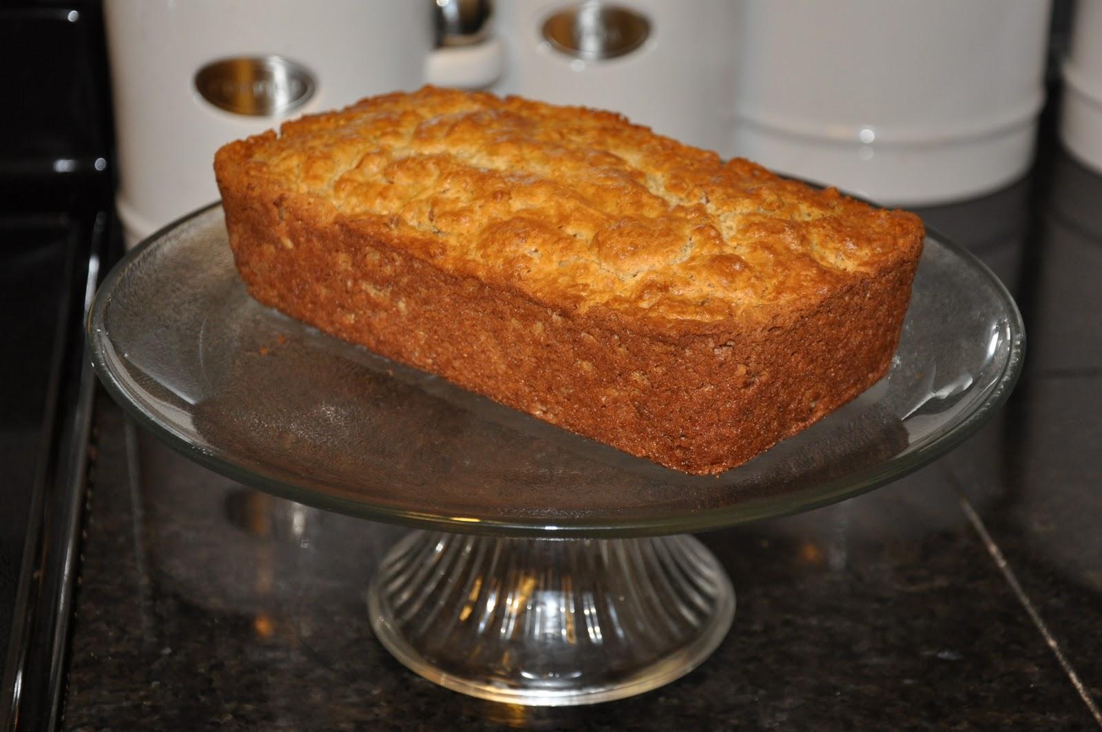 Elizabeth Ann's Recipe Box: Sour Cream Maple Bread