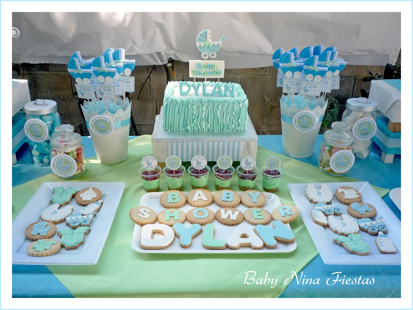 Baby nina fiestas baby shower dylan for Mesa dulce para baby shower