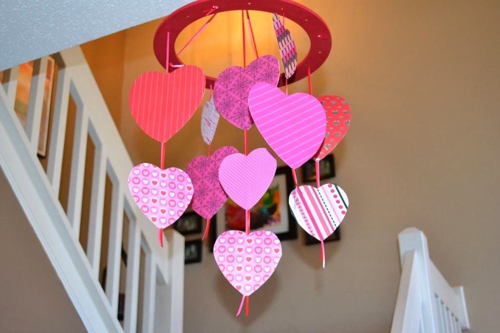 Elmets manualidades de amor for Decoracion para pared san valentin