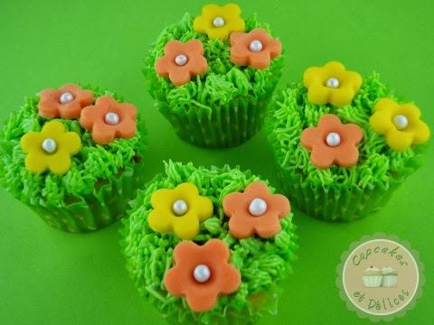 cupcake+herbe+et+fleurs+p%25C3%25A2te+%25C3%25A0+sucre+5