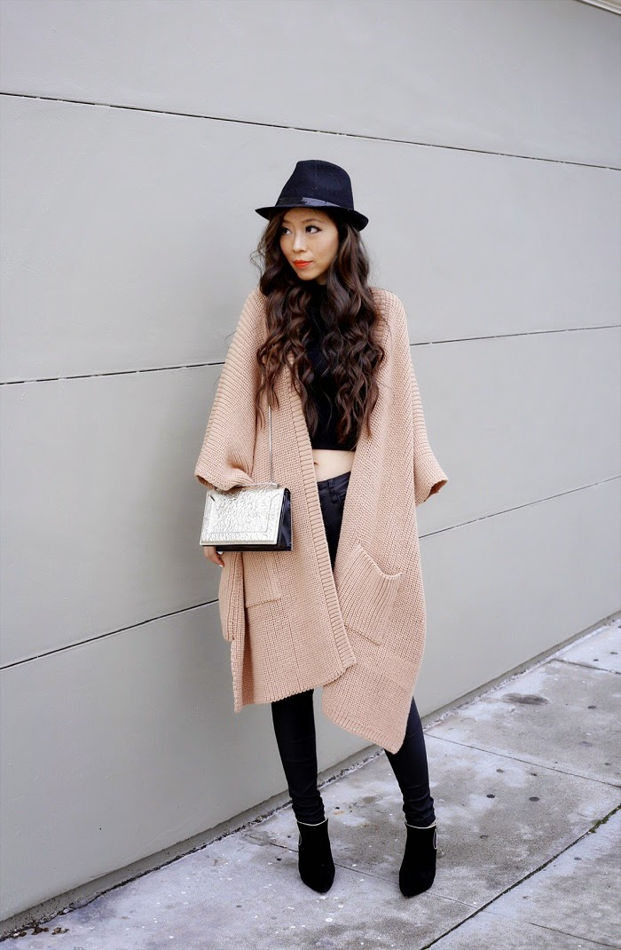 wool fedora hat, asos cape cardigan in rib, joes jeans, 31phillip lim bag, casadei boots, san fancisco, travel, jetset, fashion blog, outfit, shallwesasa, stylish, Daniel Wellington watch, winter street style, cardigan streetstyle, ysl lipstick, curly hair