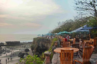 tanah lot sunset point
