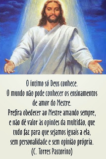 """AMAI-VOS UNS AOS OUTROS COMO EU VOS AMEI"" - JESUS"