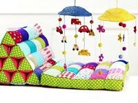 Bajecznie kolorowy materacyk dla dzieci...
