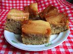 Karamellás almás pite, kevert tésztás sütemény, mézeskalács fűszerkeverékkel.