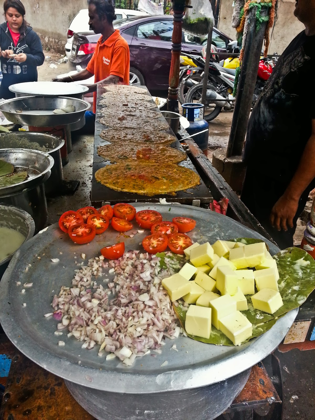 Street food of hyderabad the bandis and their delicious for Crystal 7 cuisine hyderabad