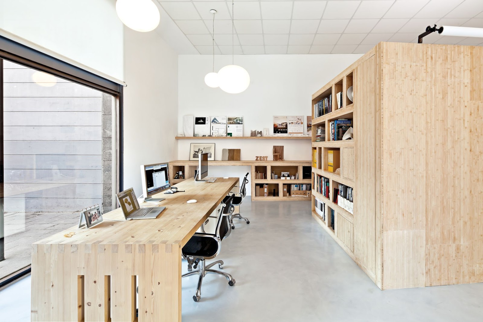 Zest architecture a f a s i a for Oficinas de trabajo temporal en barcelona