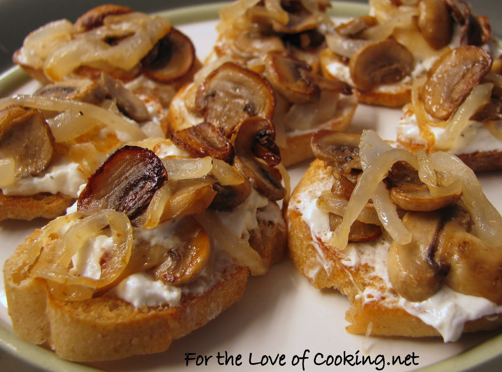 Caramelized Onion and Mushroom Crostini | Appetizers | Pinterest