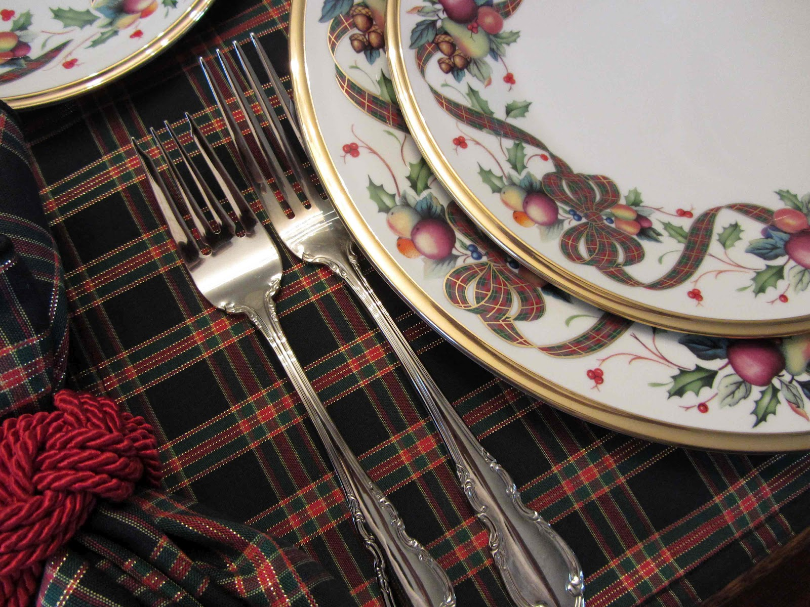 And then I succumbed to Lenox Holiday Tartan. Mom had the black plaid placemats. Maybe the love of plaid and tartans is a gene that has been passed down? & Creative Journeys: Tartan for Christmas