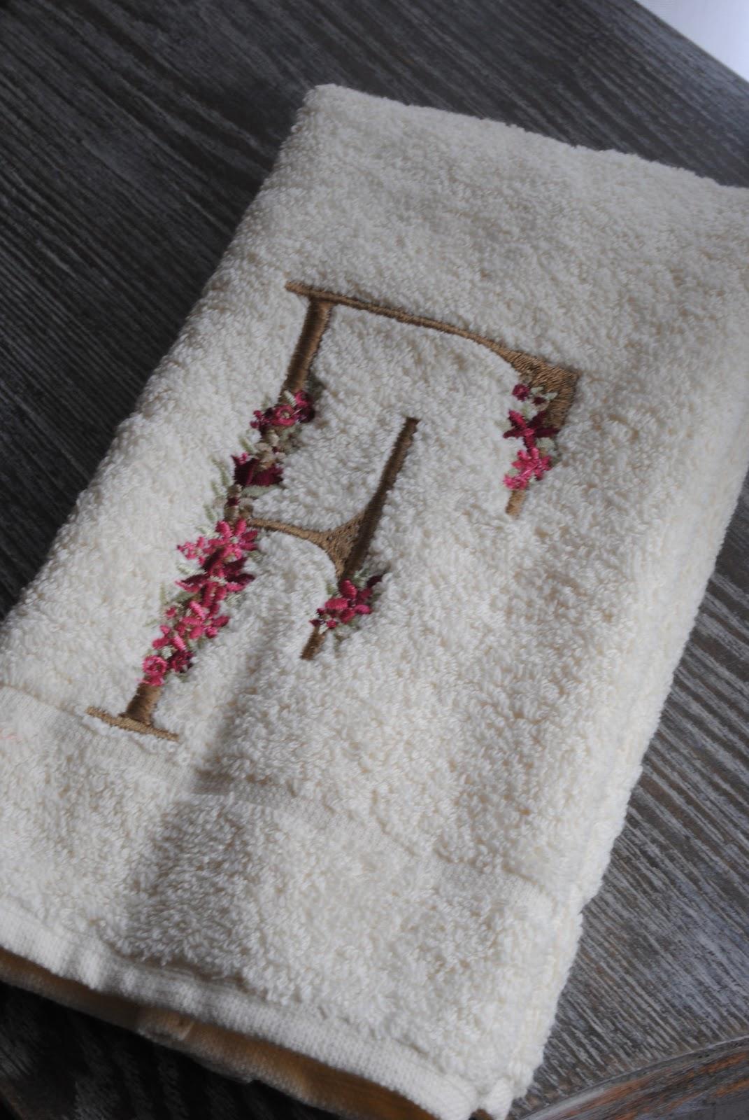Paz montealegre decoraci n toallas personalizadas bordadas - Toallas infantiles personalizadas ...