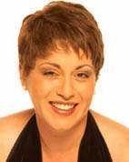 Carmen Delgado con cabello corto