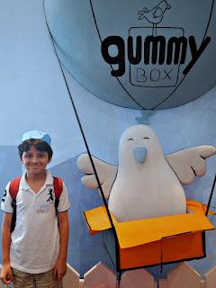 Gummybox bird and Andrew