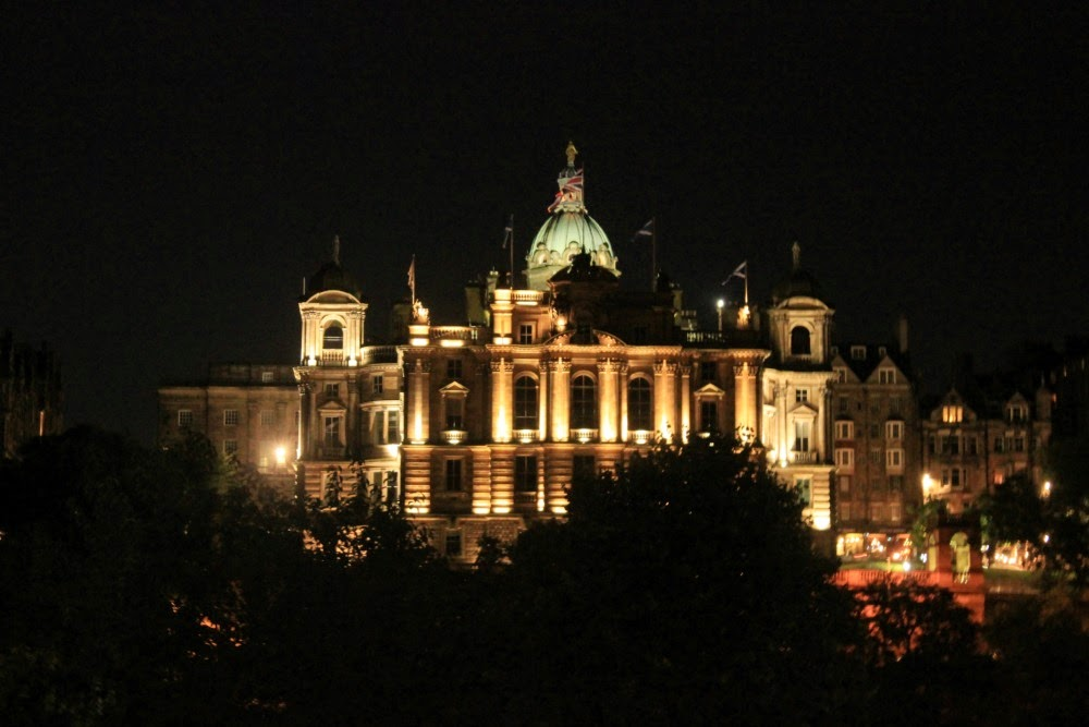 edinburgh museum on the mound at night scotland