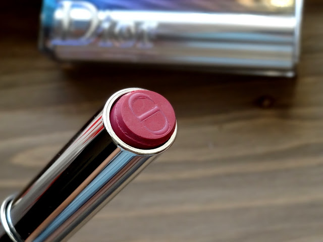Dior Addict Hydra-Gel Core Mirror Shine Lipstick in Bold 780 Review, Photos, Swatches
