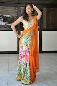 Vithika sheru latest glamorous photos-thumbnail-2