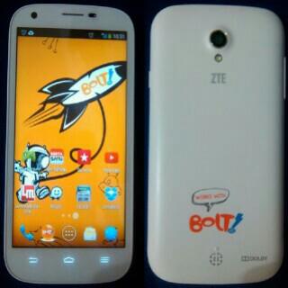 Smartphone Bolt Terbaru 2014 IVO V5 dan ZTE V9820