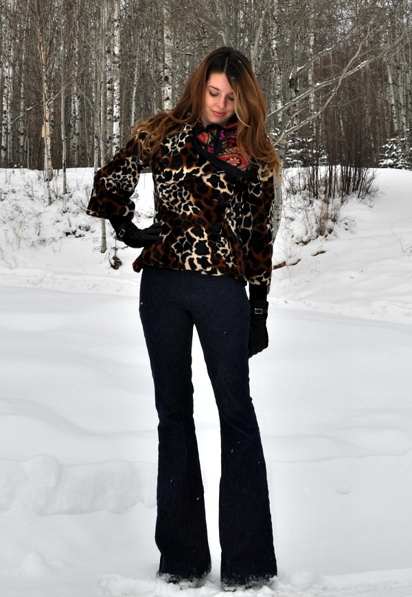 How to Wear Bell Bottoms and Animal Print