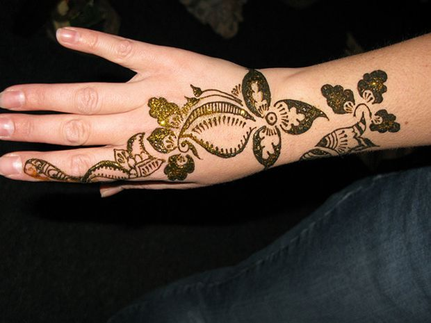 Mehndi Designs Easy For Girls : Easy mehndi designs for young girls afunpoint