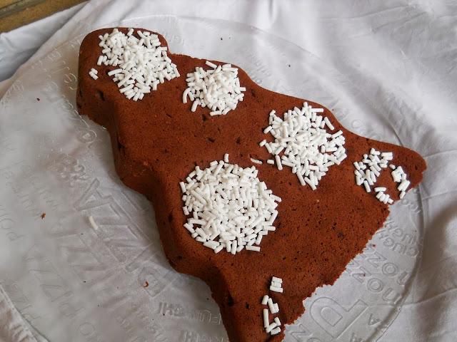 albero con farina di castagne accompagnato da crema pronta polenghi