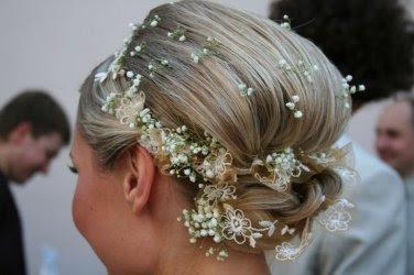 Весільні зачіски на середне волосся