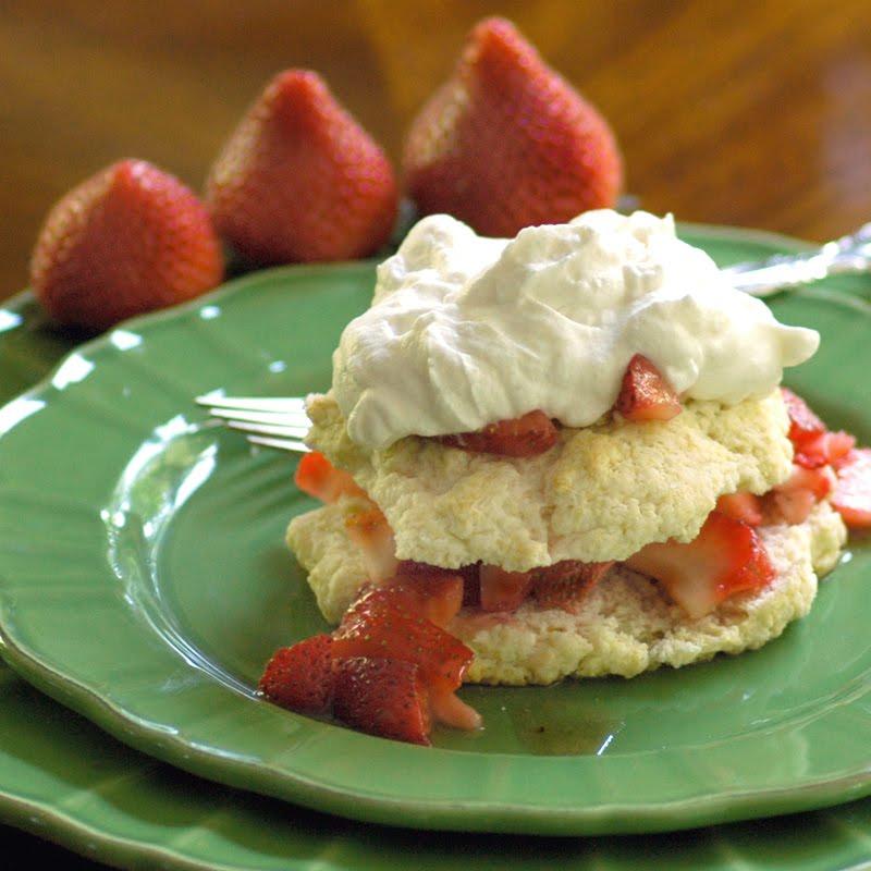Homemade Strawberry Shortcakes