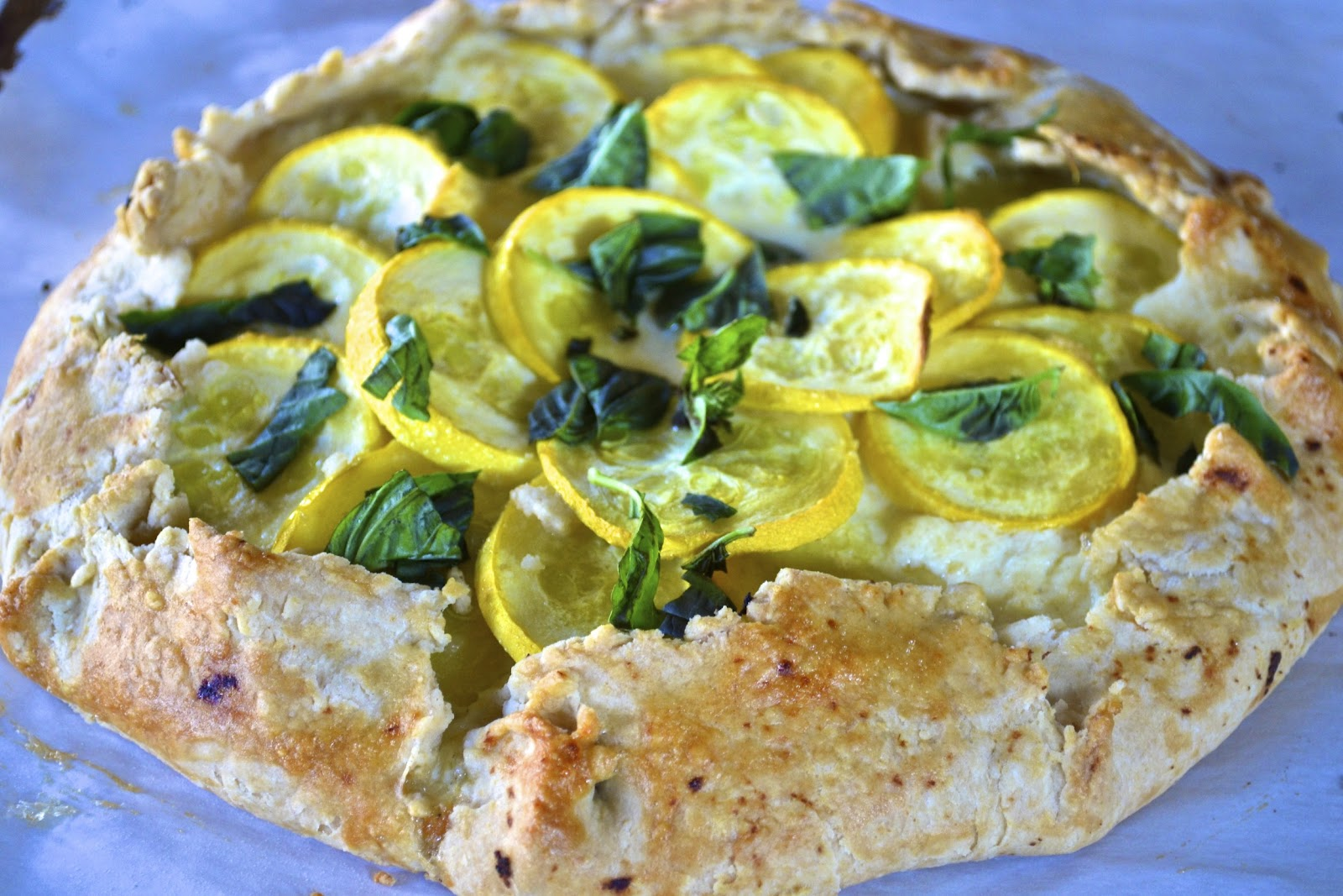 "Point-less"" Meals: Summer Squash and Ricotta Galette"