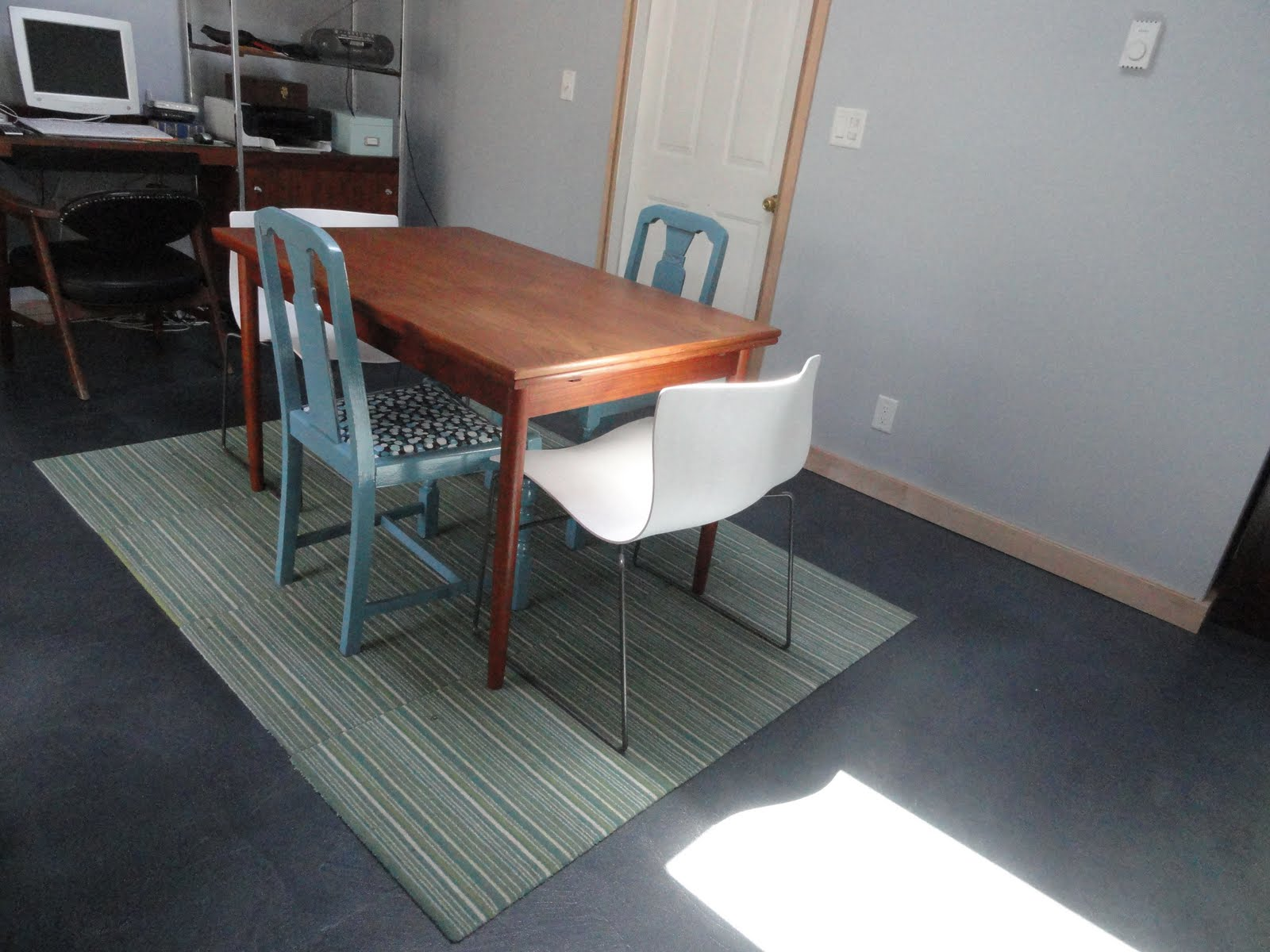 Knoll Handkerchief Stacking Chair. I Hope Youu0027re All Enjoying Some Great  Summer Days. Weu0027re Enjoying The Benefits Of Summer In The Willamette  Valley, ...