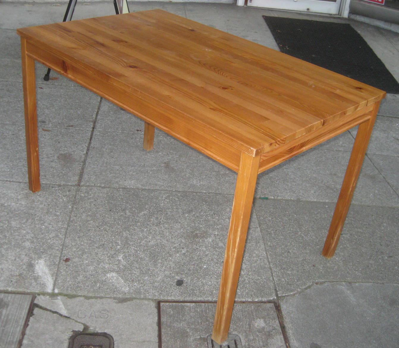 Uhuru furniture collectibles sold pine ikea table 35 for Pine desk ikea