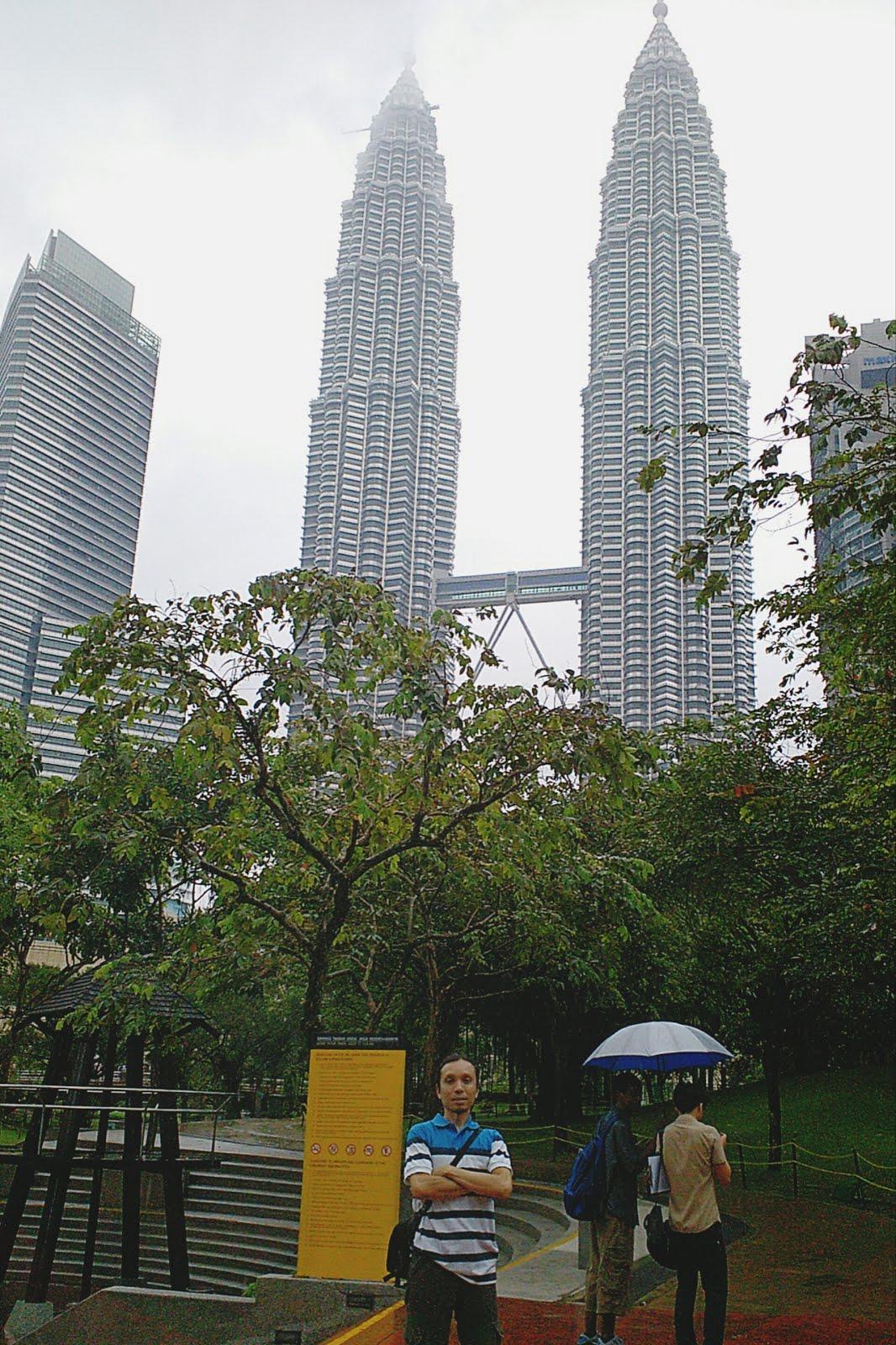 SELFIE DI KL TOWER PETRONAS MALAYSIA