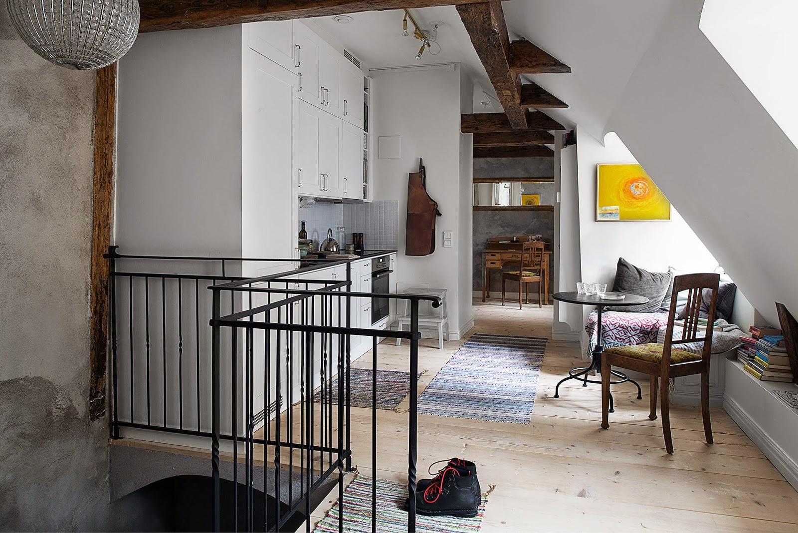 Un affascinante appartamento che si trova nella città vecchia di ...