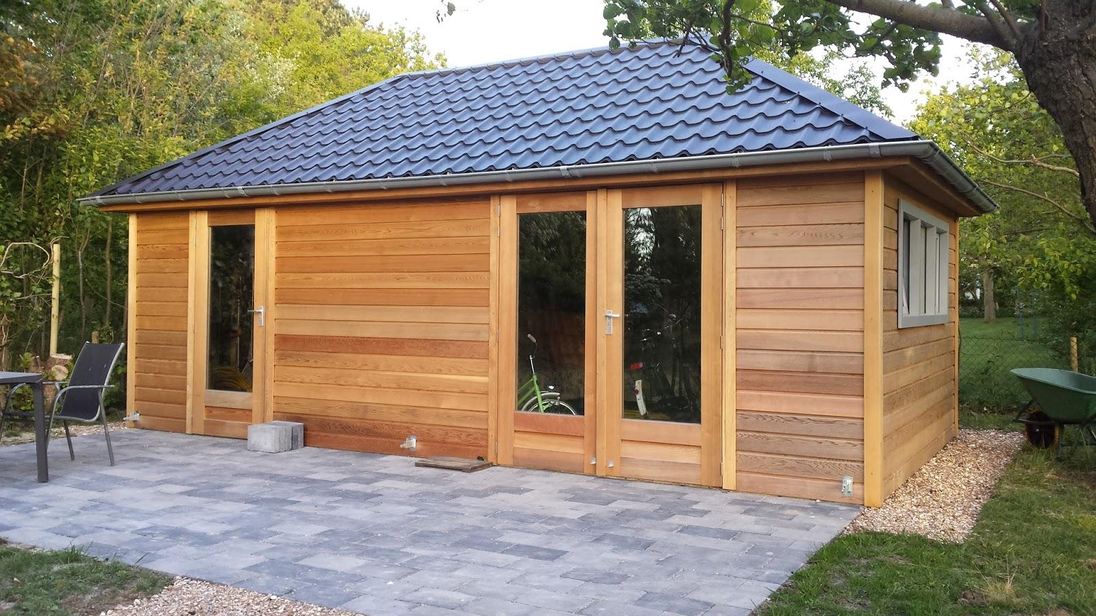 Tuinhuisjes en prieeltjes inspiratie voor het buitenleven vindt u hier - Veranda met dakpan ...