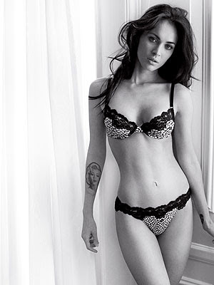 Megan Fox Sizzling Underwear lingerie in Emporio Armani Ad Megan Fox shows.