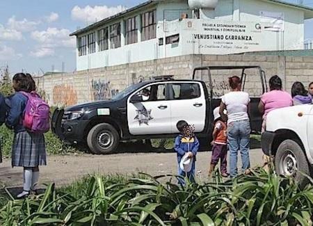 Camioneta, patrulla en Toluca