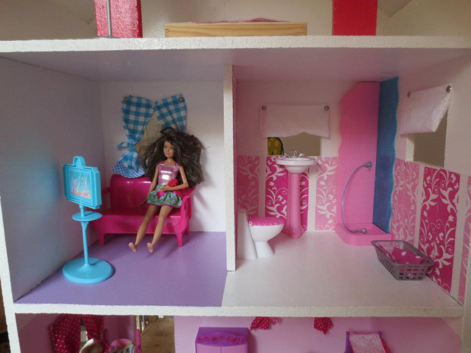 felinchens: wohnhaus barbie, Wohnzimmer
