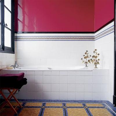 Idea y Diseño de Baño color Rojo y Blanco