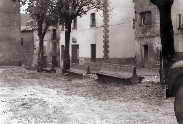 torrebaja-valencia-plaza-ayuntamiento-bancos-obra