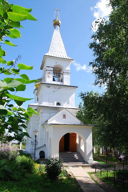 Всехсвятский храм