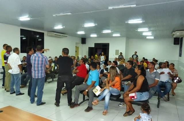 Professores prometem paralisação por tempo indeterminado (foto: Leandro Baima - Coroatá Online)