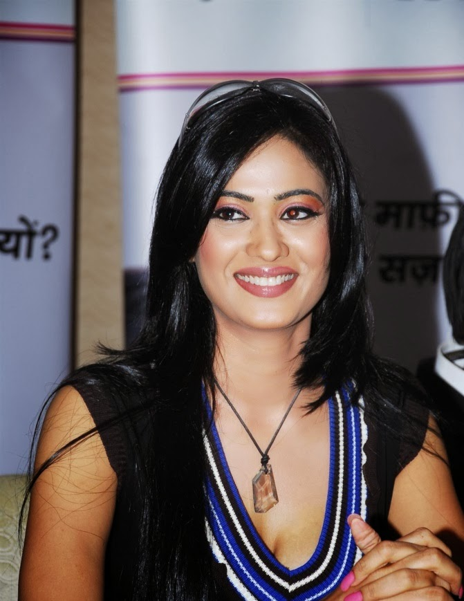 Shweta Tiwari HD Wallpapers Free Download