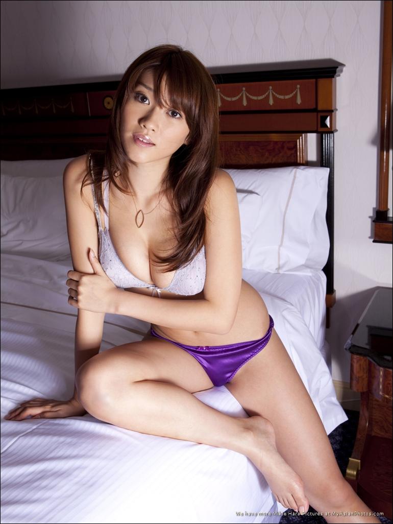 Hara mikie japanese actress gravure idol 8
