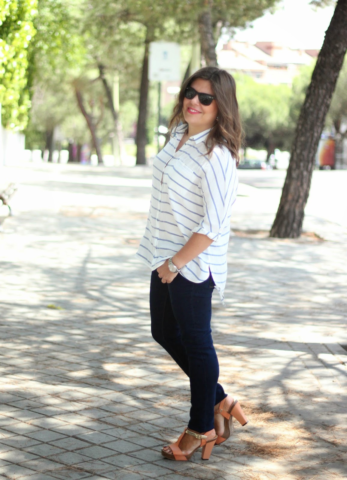 photo-look-street_style-stripes_shirt-stars_troussers-nude_shoes