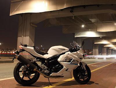 Hyosung GT 650R